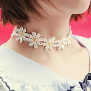 Daisy Choker - Womens Sunflower Choker Necklace Harajuku Floral Flower Necklace Daisy Necklace